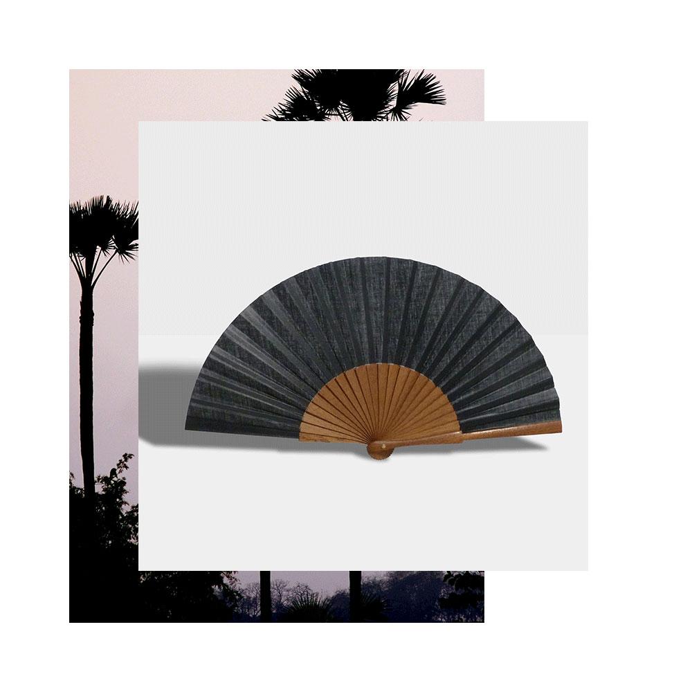 Pleat Brand hand fan in black